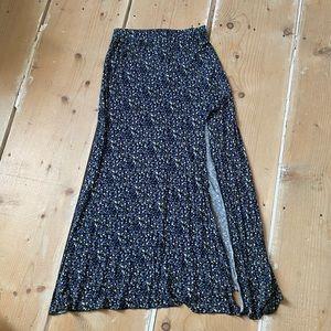 Comfy floral maxi skirt